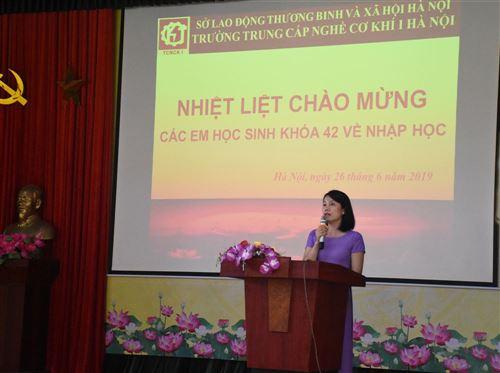 Trường Trung cấp nghề Cơ khí I Hà Nội tổ chức nhập học cho học sinh Khóa 42